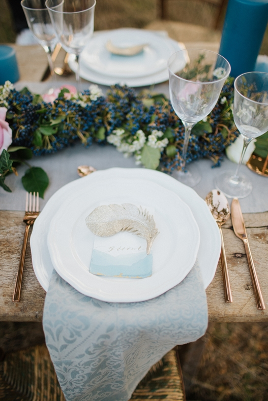 dusty blue table-winter wedding